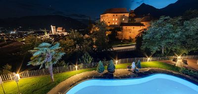 Willkommen Im Hotel Starkenberg In Schenna Bei Meran Sudtirol